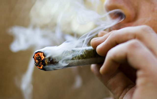 fumare la marijuana