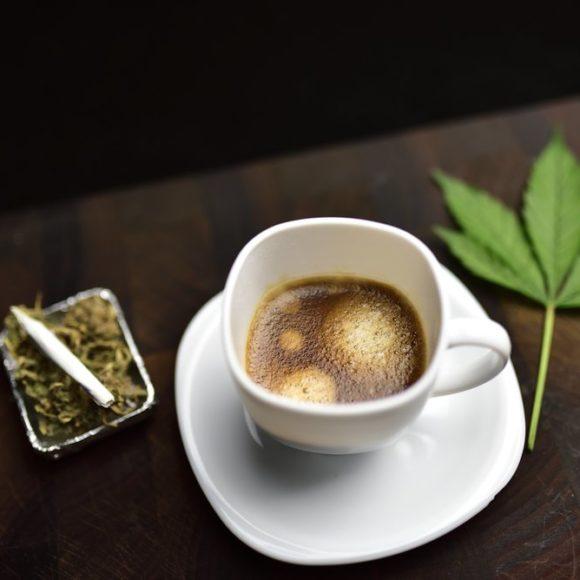 Caffè e Marijuana: E' una buona combinazione?