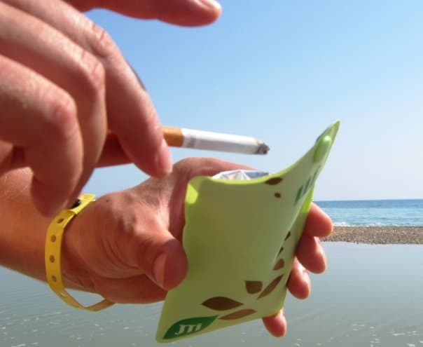 portacenere tascabile al mare