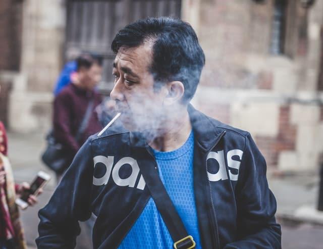divieto fumo thailandia